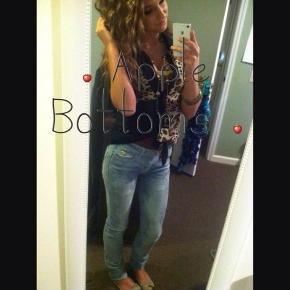 💥Reduced💥 🍎 Apple Bottom Jeans 🍎 | D, Fit and Pants
