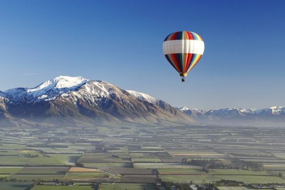 Balloon safari over the Canterbury Plains: