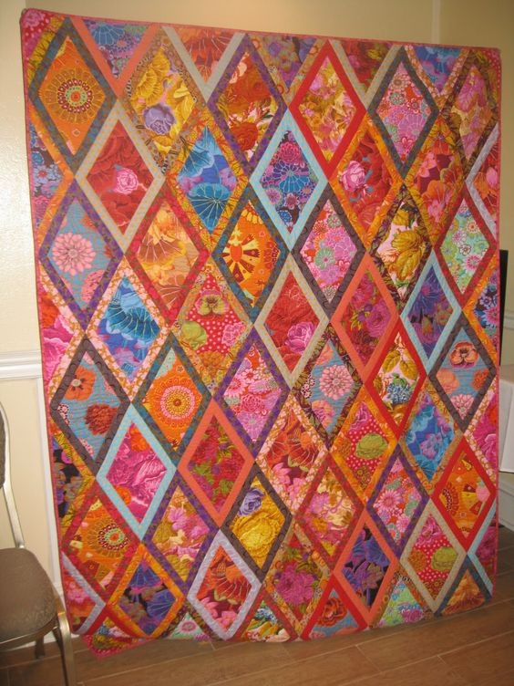 Gingerbread Girl's Quilting Adventures: Bordered Diamond Workshop with Kaffe Fassett and Brandon Mably