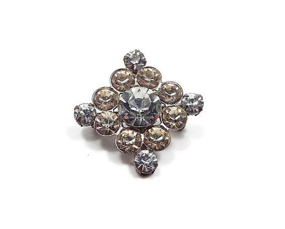 Vintage Rhinestone Brooch Pin Silver Tone Diamond by SharkysWaters