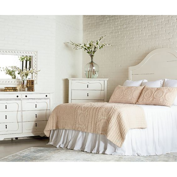 46 Best Farmhouse Home Decor Ideas You Will Totally Love: Magnolia Homes Farmhouse Craft Headboard Jo's White
