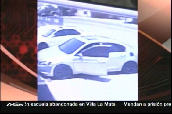 Asaltan Sucursal Del Banco Ademi En La Vega; Hieren Vigilante
