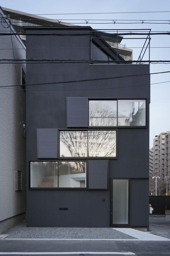 Casa das janelas em espiral / Alphaville Architects | ArchDaily Brasil
