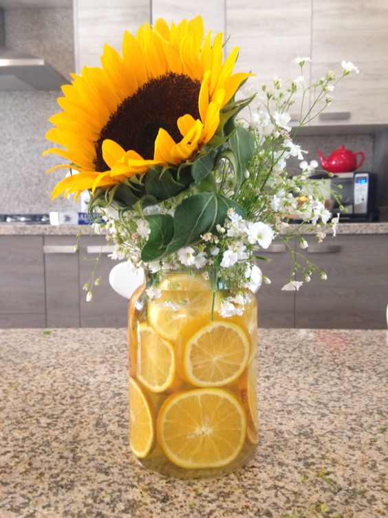Sunflower centerpiece by gabs diy pinterest