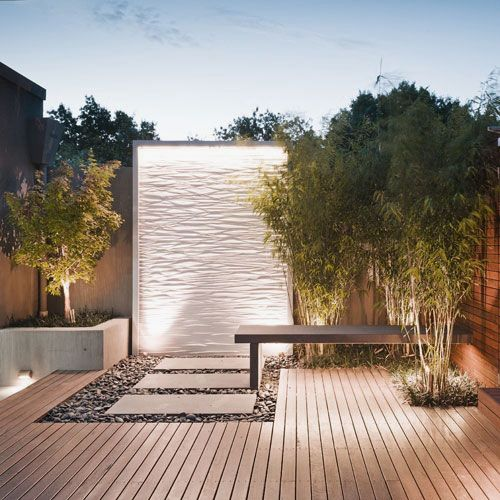 Water walls wall design and wall gardens on pinterest for Feature wall exterior