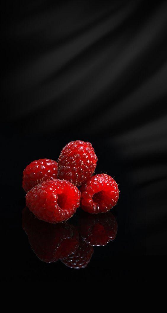 Pin By Fwu On Fruit Fruit Wallpaper Photography Fruit Wallpaper Food Wallpaper