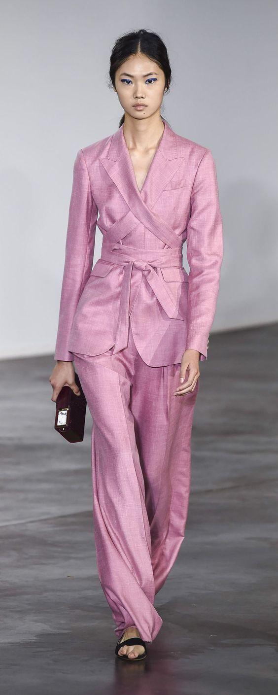 Gabriela Hearst Spring 2019 #spring2019 #ss19 #rtw #womenswear #fashionshow #runway #gabrielahearst
