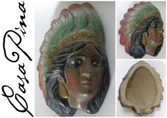 Dama con penacho patrio mexicano modelada en relieve en barro policromado de baja temperatura. Tlaquepaque, Jalisco, México, circa 1940. 200 US$ / $2600 MXInformes: integradoradeartedelnoreste@gmail.com