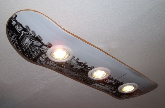 Berlin skateboard and produkte on pinterest for Jugendzimmer deckenlampe