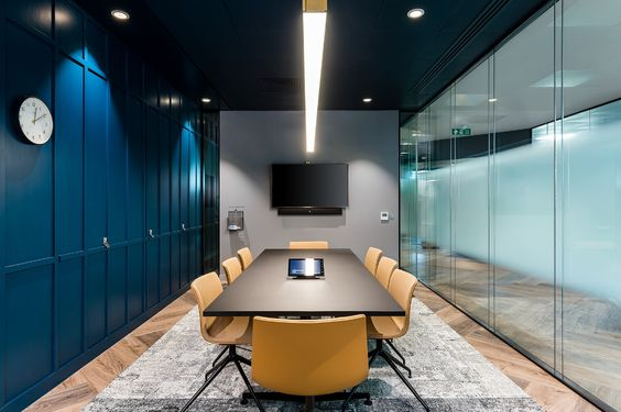 Shared Home Office - Meeting Room / Conference Room - Luxury Home Office