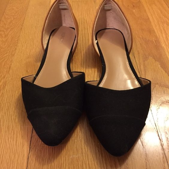 Black brown flats Pointed toe , black brown flats . Gently worn less than a handful of a times Shoes Flats & Loafers