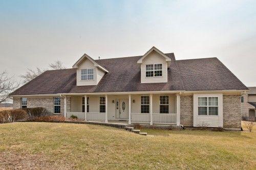 1 5 Story Cape Cod Antioch Il Antioch Real Estate Estates