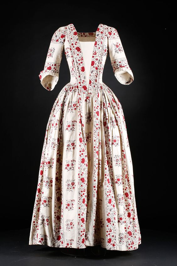 Indian print day dress, c.1740-60