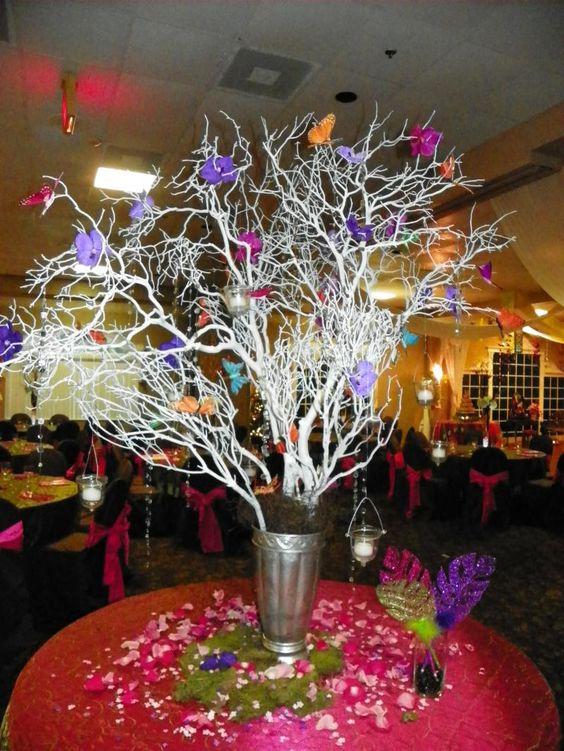 Centro de mesa para una fiesta de quincea era hecho ramas - Ramas de arbol para decorar ...