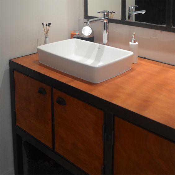 meuble de salle de bain r alis dans un esprit classic chic moderne et des touches indus. Black Bedroom Furniture Sets. Home Design Ideas