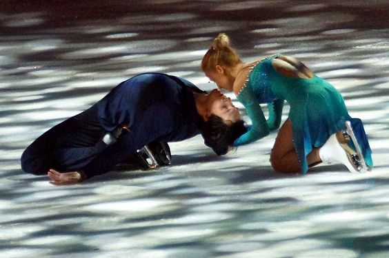 Tatiana Volosozhar & Maxim Trankov   da FigureSkating.NL