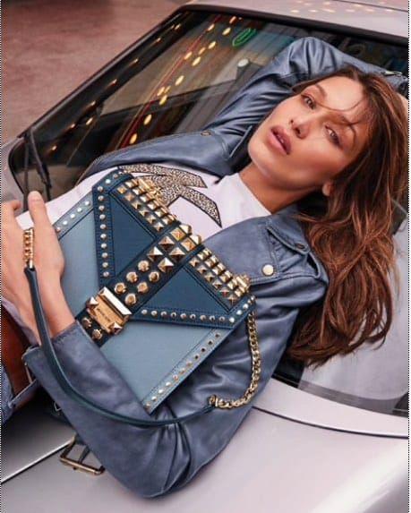 MICHAEL KORS Whitney Studded Shoulder Bag en 2020 | Laurent