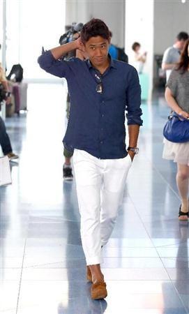 白パンツ姿の香川真司さん
