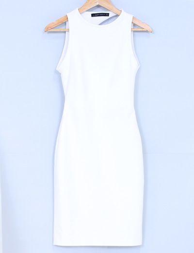 Vestido espalda asimétrica Zara