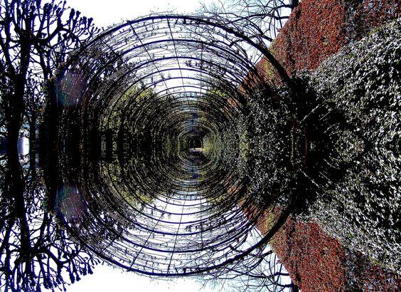 I LIKE MOZART / Mozarteum reloaded I - III   Symposion 25 Jahre Internationale Gesellschaft für polyästhetische Erziehung Mozarteum Salzburg  Künstlerkollektiv: Gerhard Hofbauer, Andrea Nagl, Margit Schwarz, Wolfgang Seierl, Werner Raditschnig und Markus Wintersberger  Mozarteum / Großes Foyer / Mirabellgarten / Solitair   Donnerstag 18. - 20.10.2007, via 500px