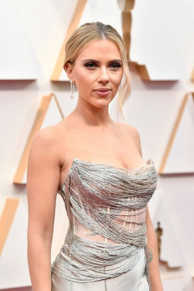 Scarlett Johansson Photos - Scarlett Johansson attends the 92nd Annual Academy Awards at Hollywood and Highland on February 09, 2020 in Hollywood, California. - 92nd Annual Academy Awards - Arrivals