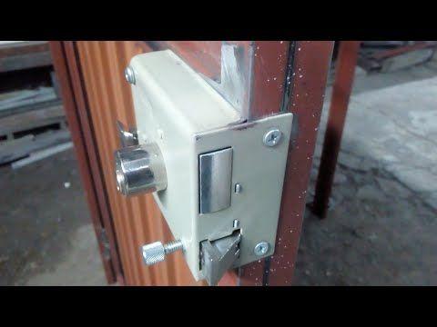 Como Colocar Una Cerradura Sin Soldar A Tu Puerta How To Place A Lock Without Welding To Your Door Youtube Cerraduras Puertas Como Soldar