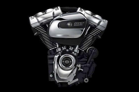 """Harley-Davidson: Neuer Motor """"Milwaukee-Eight"""" >>> die neunte Motorengeneration der Big Twins, die Harley-Davidson in seiner über hundertjährigen Geschichte auf den Markt bringt.  Drei Versionen Eine Version hat einen luft-/ölgekühlten 45-Grad-V2 mit 1745 cm3, die zweite einen – Achtung! – flüssigkeitsgekühlten Zylinderkopf mit demselben Hubraum und schließlich gibt es noch den flüssigkeitsgekühlten Top-Motor mit 1868 cm3. Sie sollen selbstverständlich alles besser können als die Vorgänger."""
