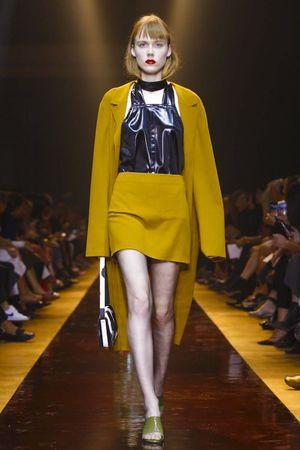 Nina Ricci Ready To Wear Spring Summer 2016 Paris - NOWFASHION