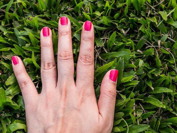 Lang oder kurz? Die Fingerlänge verrät mehr über euch, als ihr glaubt. Speziell bei Frauen ist das Verhältnis besonders deutlich!