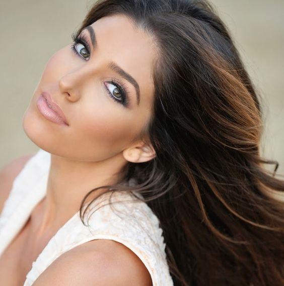 Melissa Molinaro.