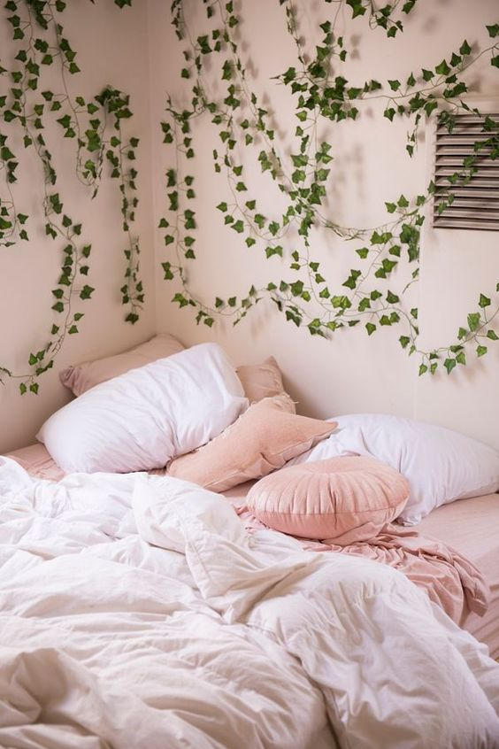20 THINGS TO KNOW BEFORE MOVING OUT SOYVIRGO.COM - Ginger Ray Decorative Vines Set