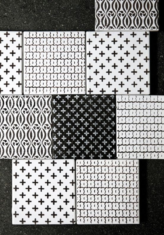 Monochrome patterns by Anne Lilly (?):