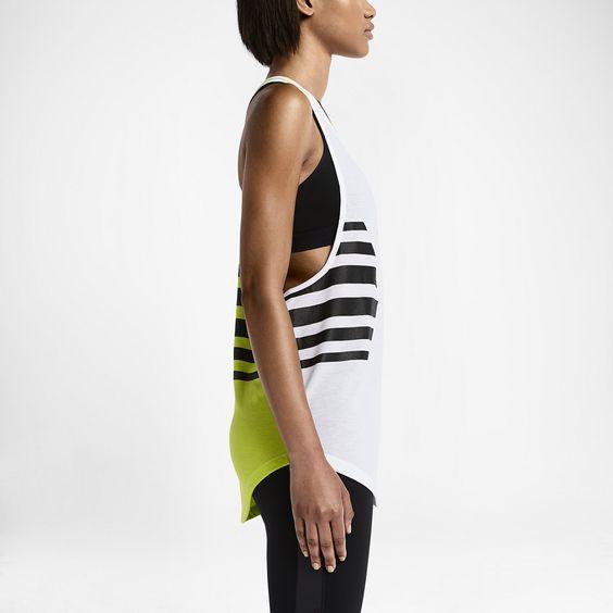 Nike Club Circulo Women's Training Tank Top. Nike Store