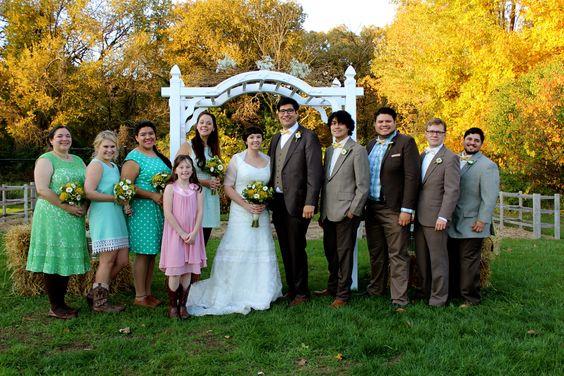 vintage wedding, barn wedding, wedding party, bridesmaids, groomsmen, mismatched, alter, garden arbor alter, baby's breath