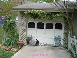 Cool garage door.