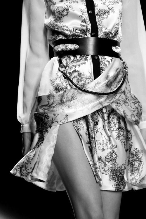 Elegant floral print shirt dress & belt; fashion details // Prabal Gurung FW13 RTW