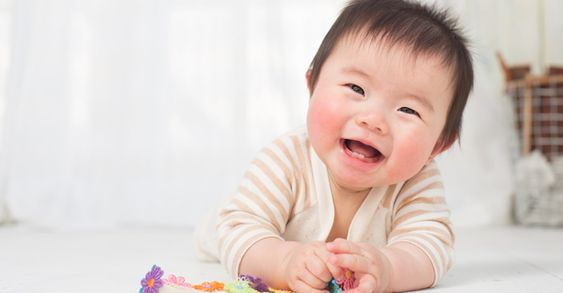 Mách mẹ 4 mẹo chọn đồ chơi cho trẻ sơ sinh 6 - 12 tháng phù hợp và an toàn