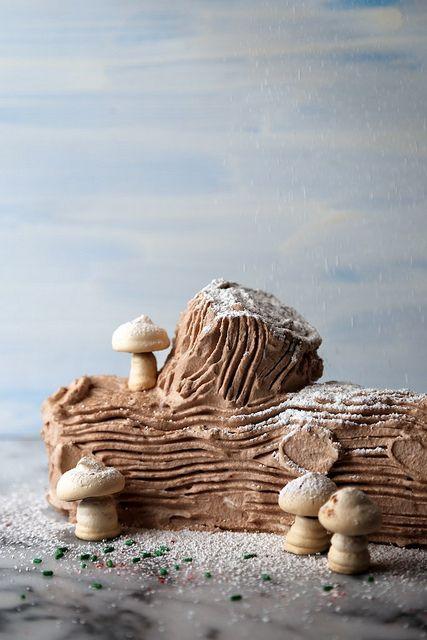 Chocolate Peppermint Icebox Yule Log Cake