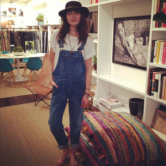 Carpenter Chic: Natalie Suarez of Natalie Off Duty in the Quincey Overall