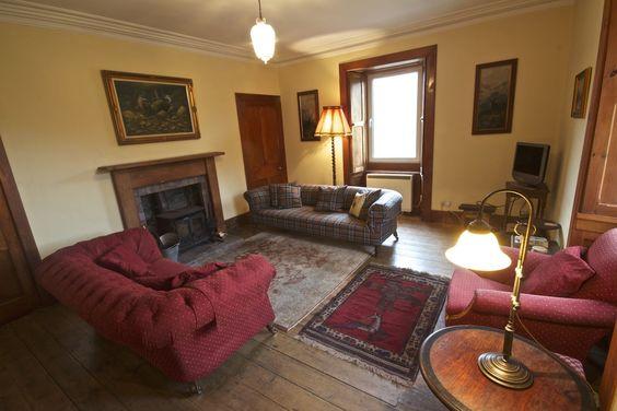 The lounge in Glenuaig Cottage. http://www.glencarronestate.co.uk