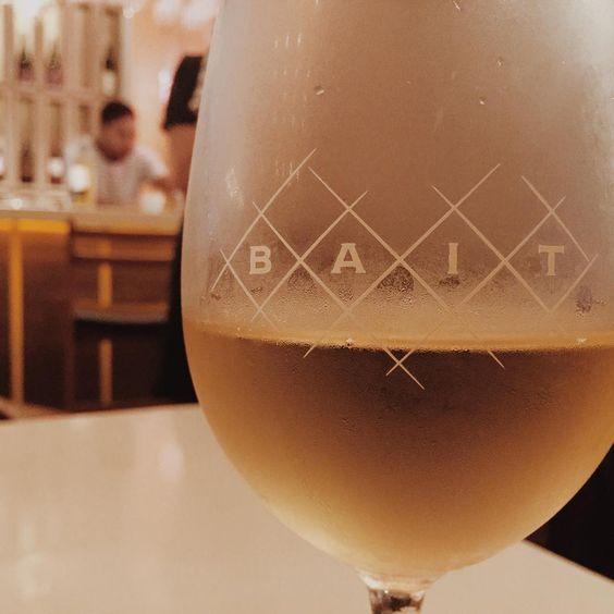 . 念願のBAIT . . #旅#夏旅#旅行#思い出#ディナー#外食#ホリデイ#マレーシア#クアラルンプール#KL #KualaLunpur#Bangsar#instaphoto#instadaily#instagood#wine#vscocam#vscogood#vscodaily#yolo#yummy