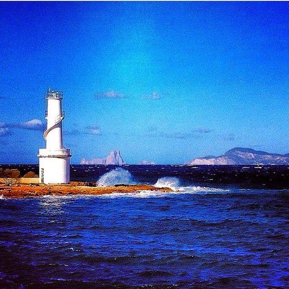 #Formentera #formentera2015 #formenteralovers #formenteranatural #baleares #baleaesgrafia #puerto #port #lasavina #esvedra #ibiza #mar #Mediterráneo #mediterranean #sea #seaporn #sky #skyporn #f4f #like4like #fotografia #fotodeldia #cloud #cloudporn #instapic #instacool #postoftheday #photooftheday #instagood #instagram by spuistraat_249