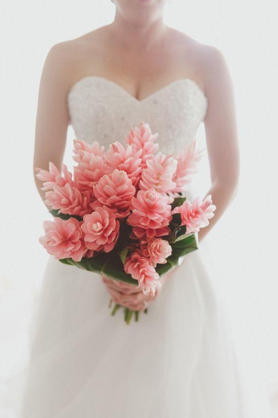 Bula Bride – Fiji Wedding Blog // Brett & Kelly – Shangri La Fiji Wedding, captured by Willow & Co #fijiwedding #bulabride