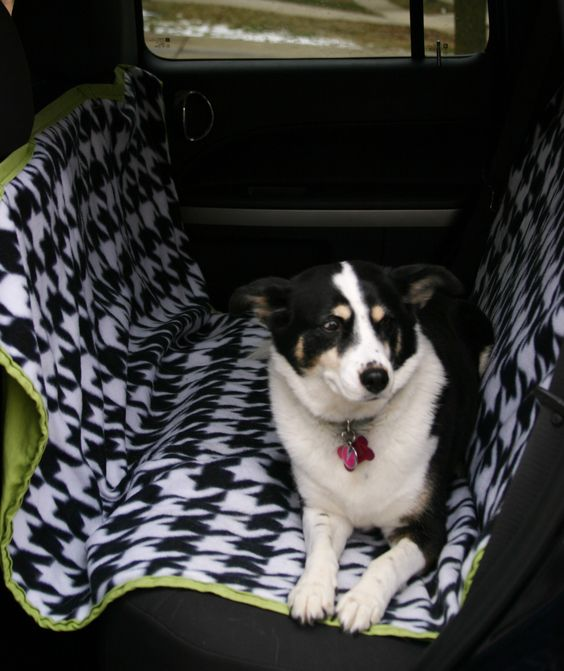 Sewing Tutorial: Car Seat Cover for your Dog from ex-scapes.