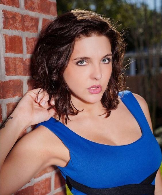 Sadie Holmes naked 481