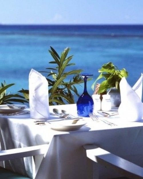 Jamaica Inn ( Ocho Rios, Jamaica ) Days here revolve around beach time and meal times — chef Maurice serves classic Jamaican fare. #Jetsetter #JSBeachDining