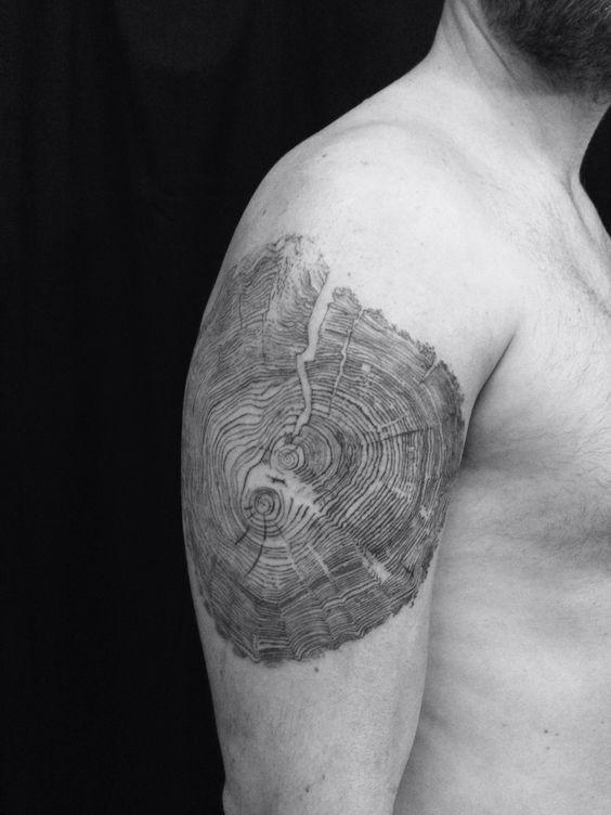 Tree trunk. Rings. Brucius tattoo. Sf #wood #pint ...
