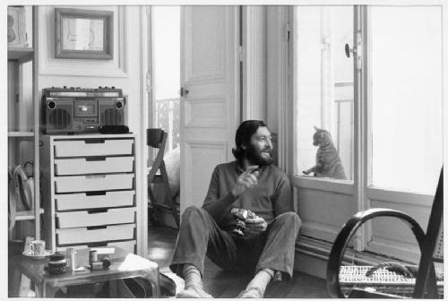 """""""Estoy tan solo como este gato, y mucho más solo porque lo sé y él no."""" - Julio Cortázar"""
