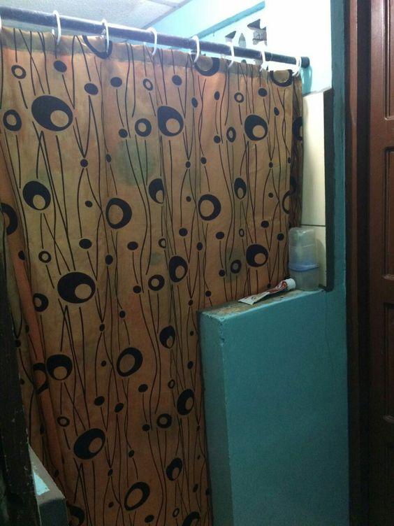 Cortinas para baños confeccionó Martha Carolina Silva Tel 0050582856035