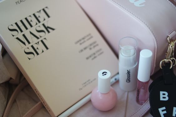 In the Pink: Glossier's Black Tie Set and Peach & Lily's New Face Mask | LEO WITH CANCER